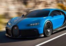 新车资讯:新的布加迪Chiron Pur运动是一个51m的超级跑车蜿蜒的道路