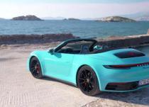 新车资讯:最新的保时捷911Turbo Cabrio带锋利的机翼和椭圆形排气装置
