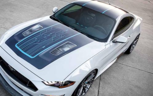 福特在2019年拉斯维加斯举行的SEMA展上用真正的电动野马