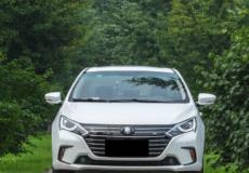 新车资讯:评测  比亚迪秦EV450怎么样及奇瑞艾瑞泽GX怎么样