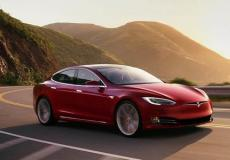 新车资讯:特斯拉放弃了标准范围型号S和X 全面调整定价